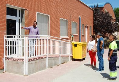 El alcalde supervisa reformas en colegios