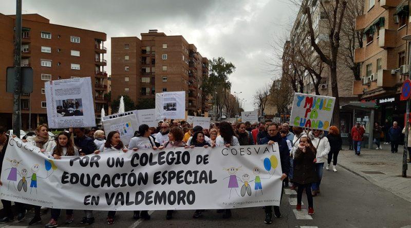 Manifestación por el colegio de educación especial