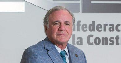 Lazcano deja la presidencia de la CNC